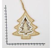 Dřevěná dekorace závěsná 23 cm, stromeček
